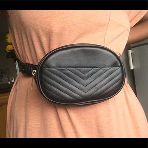Black fanny pack with Chevron detail